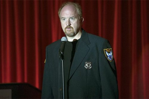 Louie struggled to come up with PC material at a heart disease benefit in the season premiere